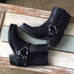 USA Frye boots 🌺❤️🎁💖